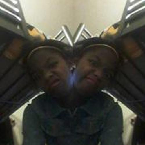 Kenia Pouchie's avatar