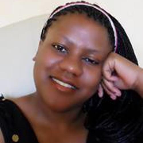 Lucy Bertil's avatar