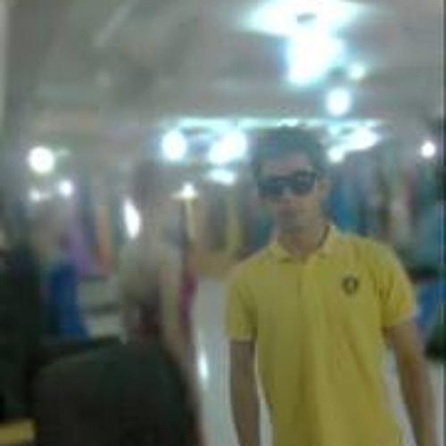 Farid Hassanzada's avatar