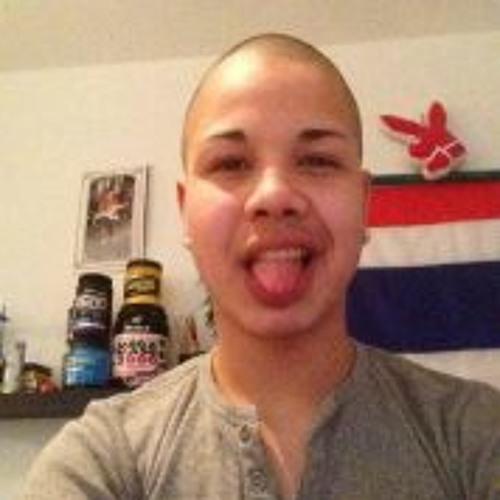 Kevin Mnml Hangartner's avatar