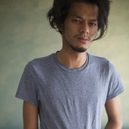 Zulhilmi Zahir's avatar
