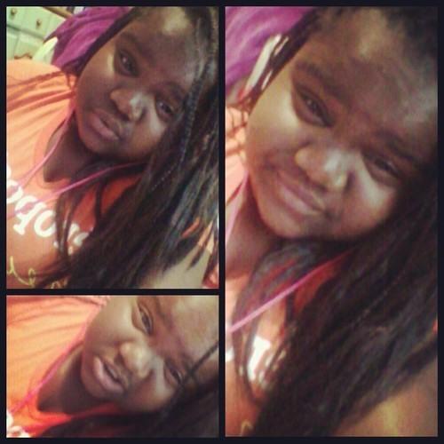 Ayoo_Nicolee's avatar