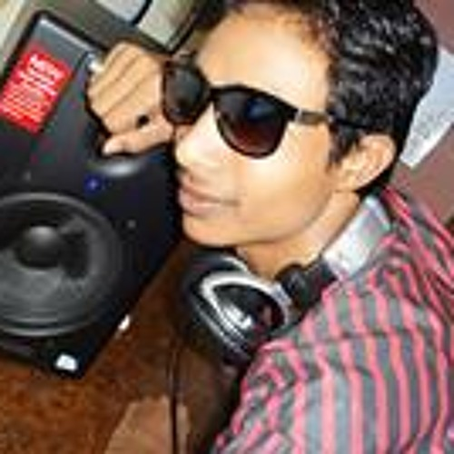 dj ashish user615907262's avatar