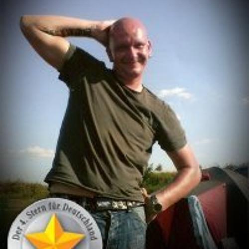 Denny Müller 3's avatar