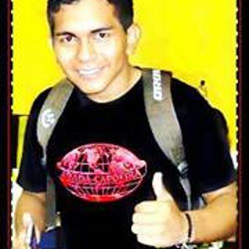 Lucas Cascão's avatar