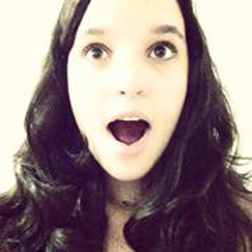 Larissa Araujo 48's avatar