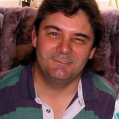 Paul Hovell 1's avatar