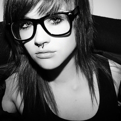Sheryl Flow's avatar