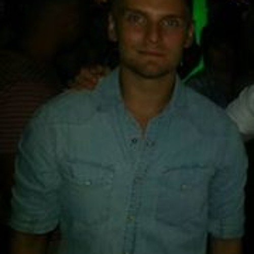 Daniel Wojtaszek's avatar