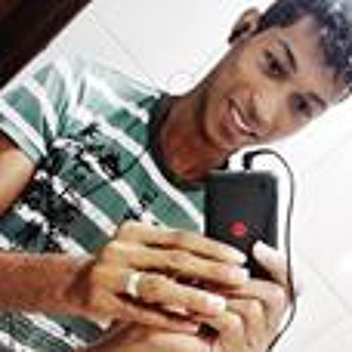 Rafael Brito 20's avatar