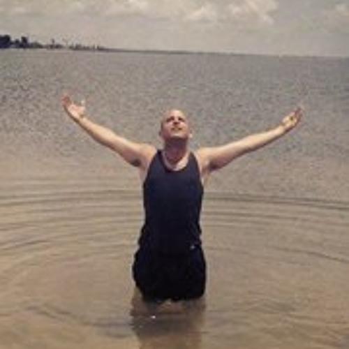 Stevie G Genirs's avatar