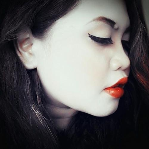 Citra Adityana's avatar
