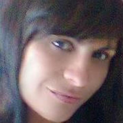 Renata Reis 8's avatar