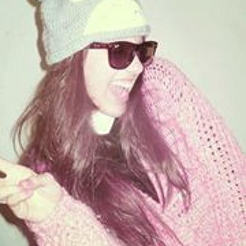 Ana Lü 7's avatar