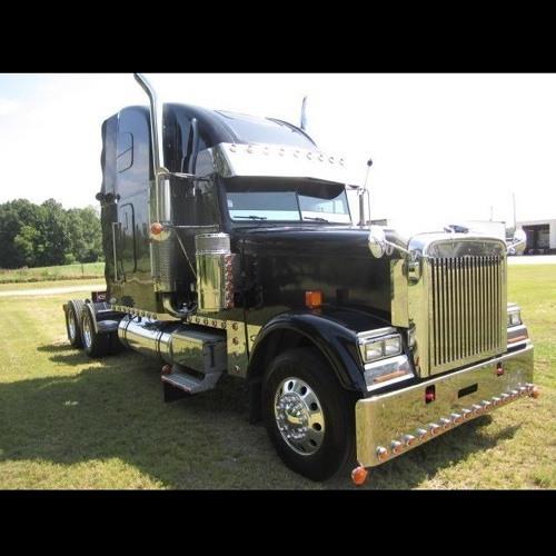 Super Trucker 1983's avatar