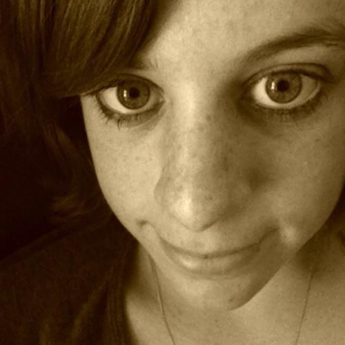 katie lines's avatar