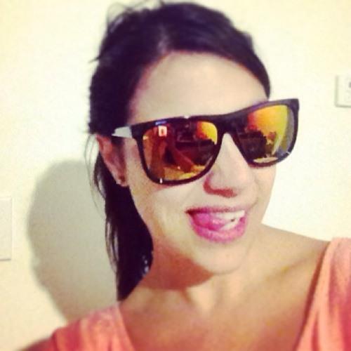 Isabella JV's avatar