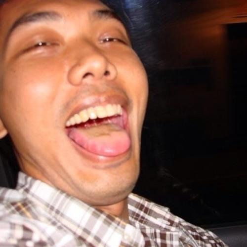 Nitiwitt Chantaweesuk's avatar