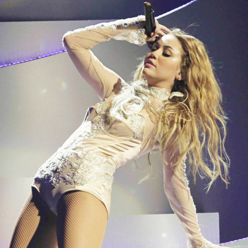 MileyCyrusSongs's avatar