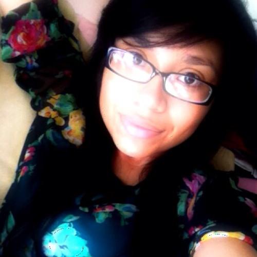 rachelcamarillo's avatar