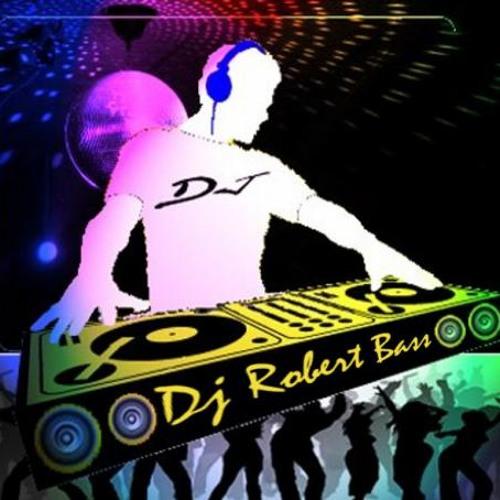 roberto972's avatar