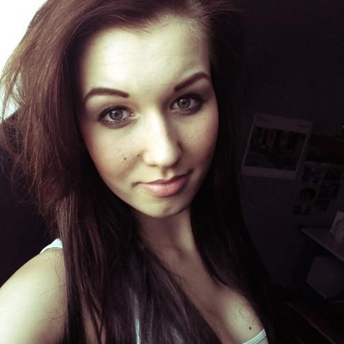 Lena Henschke's avatar