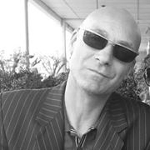 Mike Eagle's avatar