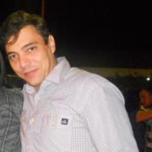 Patrick Simões's avatar