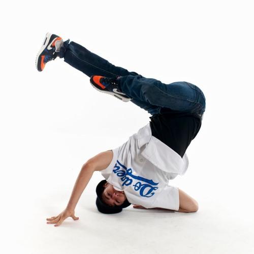 • Break Dance •'s avatar