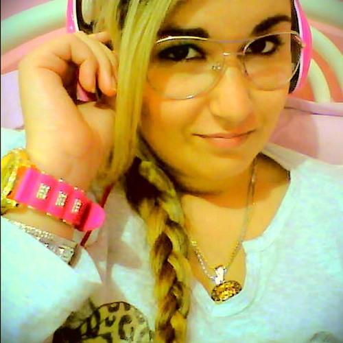 Mayara Regina Todt's avatar