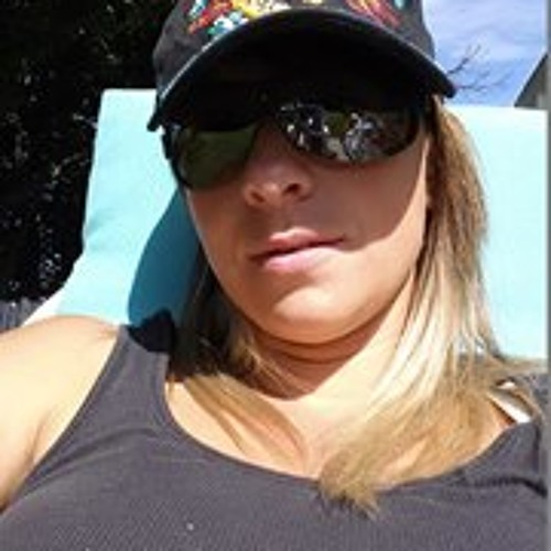 Desiree Ricker's avatar