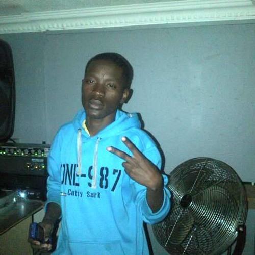 DJ MUSTAFA's avatar