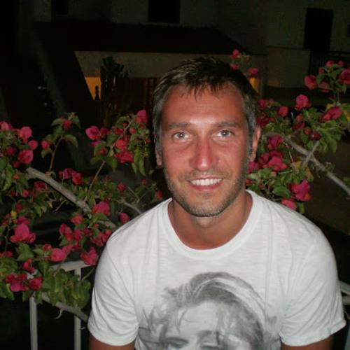 Matteo Anzovino's avatar