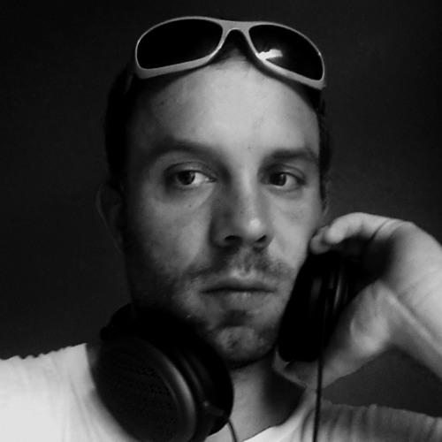 phatcapone's avatar