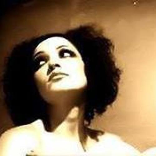 Janelle Giddens's avatar