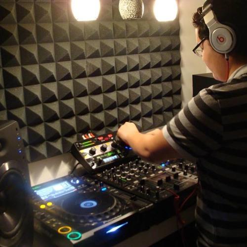 Luis364's avatar