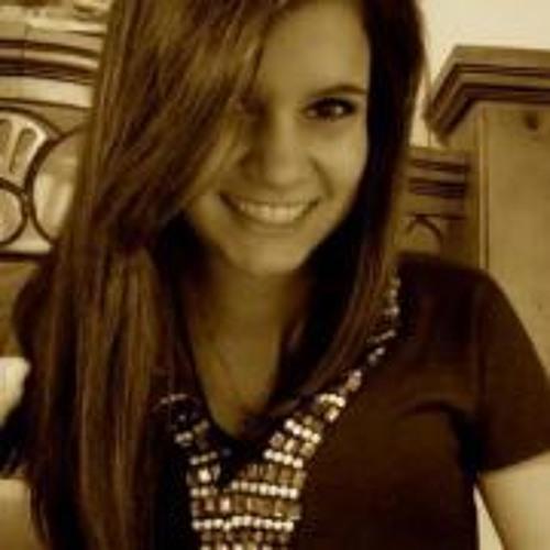 Thayna Lobato's avatar