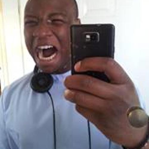 Jola Obisesan's avatar