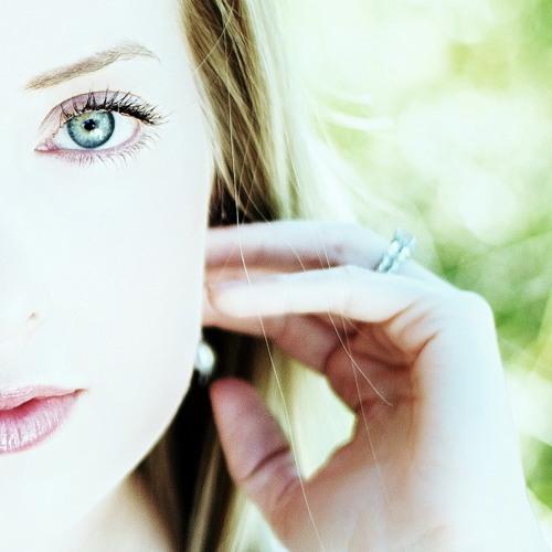 Kristen Hewitt's avatar