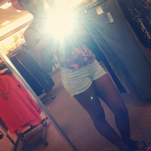 Breanna lashay's avatar