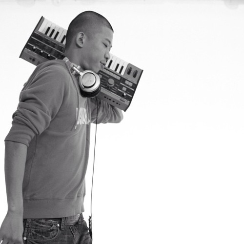 DJ Marco 曲's avatar