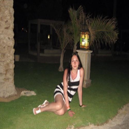 anna orlova's avatar