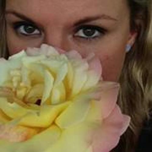 Becca Pealer Rhodes's avatar
