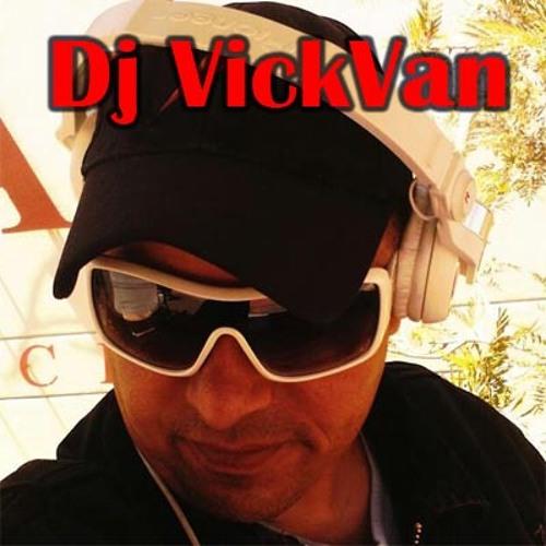 vickvandj's avatar