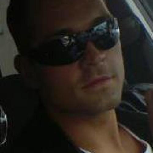 KingVisit's avatar