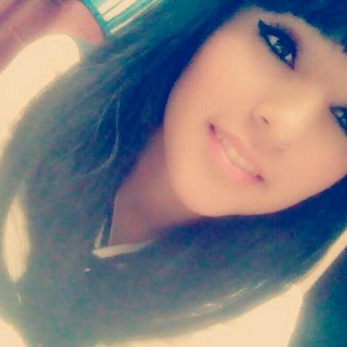lily alvarez's avatar