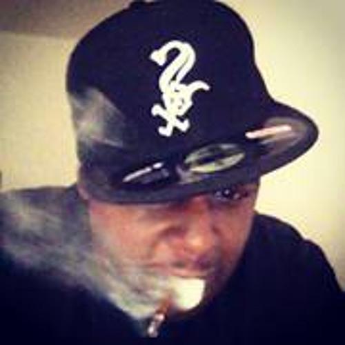 Larry Moore 15's avatar