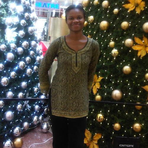 Emefa Apatu's avatar