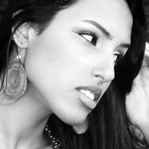 Tâmela Costa's avatar