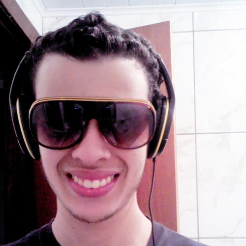 Guilherme Flaquetta's avatar